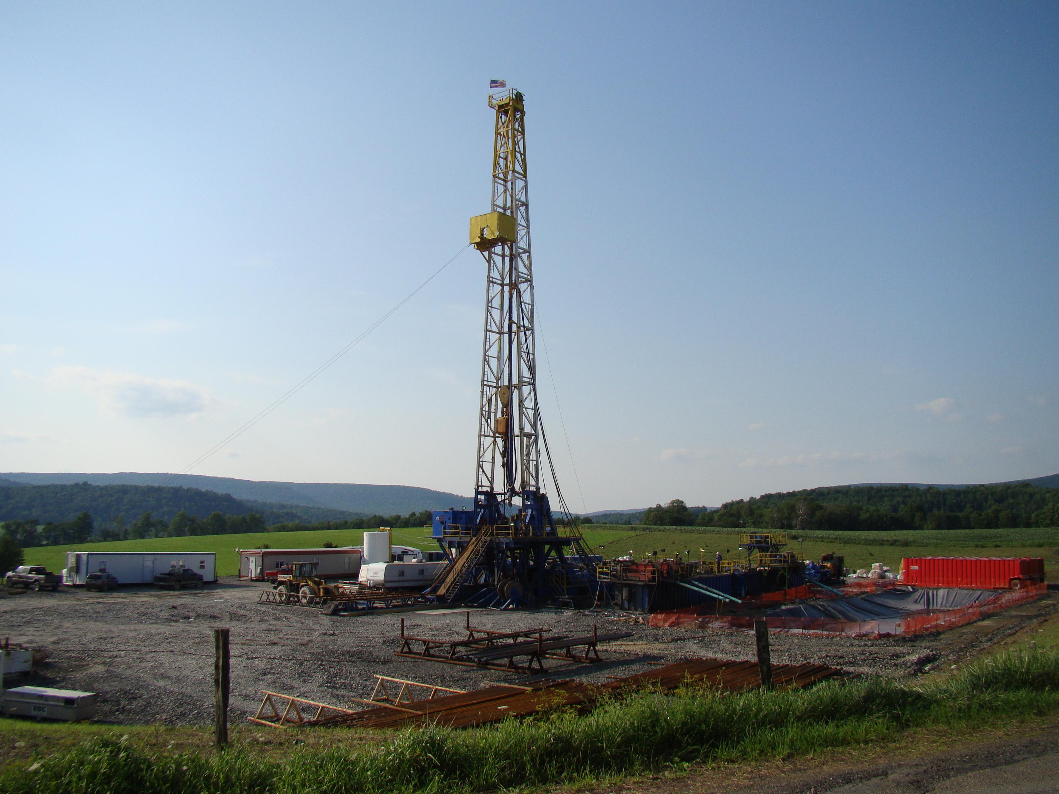 На Франківщині планують розпочати видобувати газ із 38 свердловин